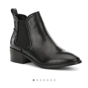 Steve Madden Dicey Black Ankle Booties (8.5)